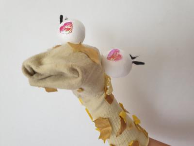 יצירות לילדים – בובות גרב